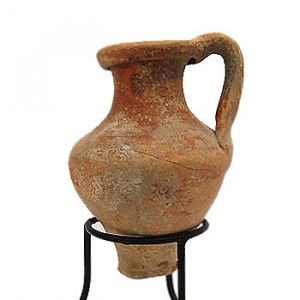 Hellenistic Period Oil Filler Juglet Discovered in Israel