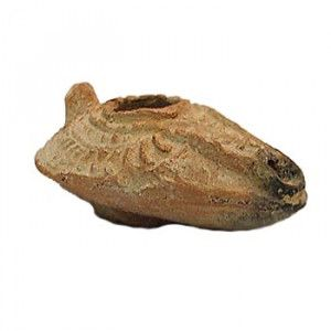 Islamic Period Red Oil Lamp – Discovered in Jerusalem