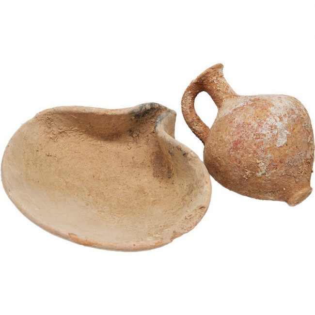 Middle Bronze Age Oil Lamp and a Juglet - Abraham's Period (showing base)