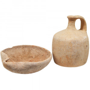 Middle Bronze Age Oil Lamp and a Juglet - Biblical Patriarchs Period (front view)